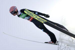 MŚwL Planica: Niemcy prowadzą po pierwszej serii, Polacy na trzecim miejscu