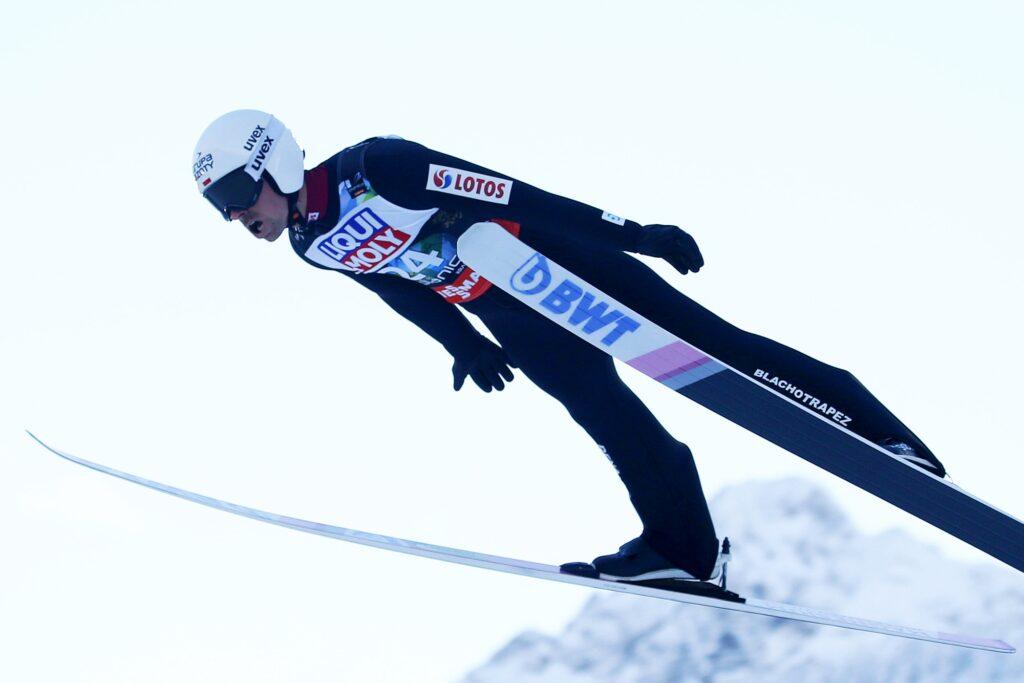PŚ Engelberg: Yukiya Sato wygrywa kwalifikacje, Piotr Żyła drugi!