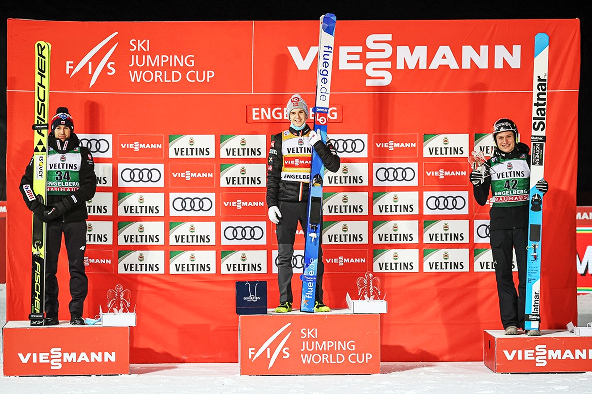 You are currently viewing PŚ Engelberg: Granerud wygrywa, Stoch wraca na podium!