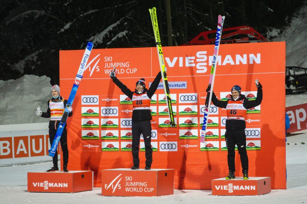 PŚ Titisee-Neustadt: Stoch wygrywa po raz 39. w karierze i wyrównuje osiągnięcie Małysza!