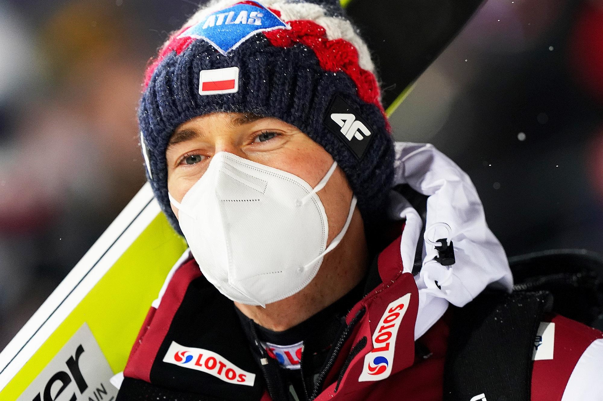 """You are currently viewing Kamil Stoch po kwalifikacjach: """"Nie było łatwo, lekko i przyjemnie"""""""