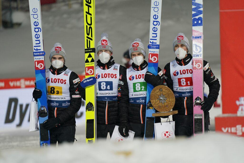 Skład Norwegów na zawody w Rasnovie, powrót Håre