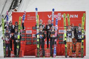 PŚ Lahti: Norwegowie najlepsi w drużynówce, Polacy na podium!