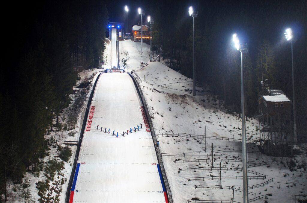PŚ Pań Titisee-Neustadt: Drugie podejście do kwalifikacji i konkurs. Czy Polki zapunktują? [LIVE]