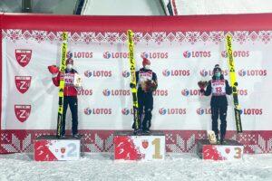 schwann freitag krzak szczyrk2021 fotjuliapiatkowska 300x200 - FIS Cup Szczyrk: Freitag wygrywa, Krzak na podium!