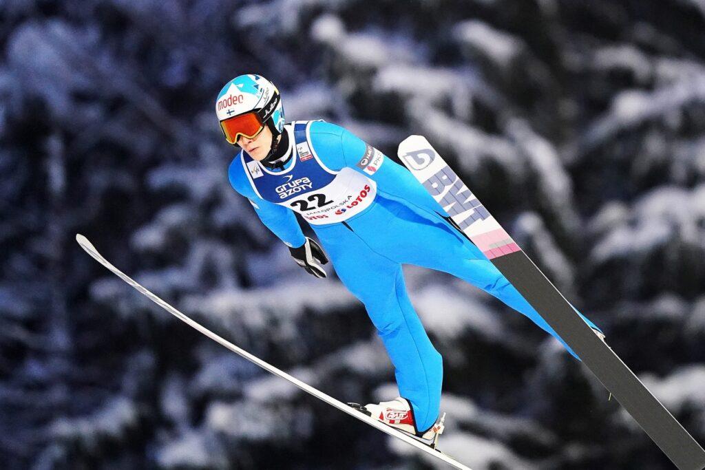 Cztery Finki i czterech Finów na Oberstdorf. Czy pucharowa przerwa pomoże ekipie Suomi?
