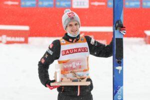 HalvorEgnerGranerud Klingenthal2021 fot.KonstanzeSchneider 300x200 - PŚ Klingenthal: Granerud z dziewiątym zwycięstwem, Stoch z 78. podium!