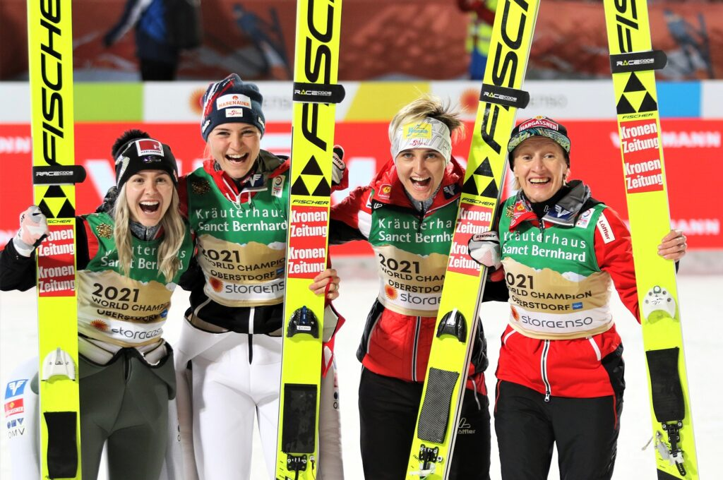 MŚ Oberstdorf: Austriaczki ze złotem, Polki siódme w drużynowym debiucie!