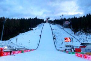 PŚ Klingenthal: Niedzielna okazja do rewanżu. Czy ktoś przeskoczy Graneruda? [LIVE]