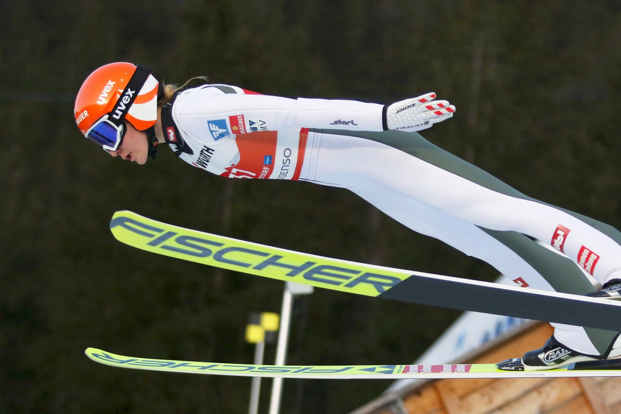 MŚ Oberstdorf: Kramer prowadzi z rekordem, bez Polek w finale