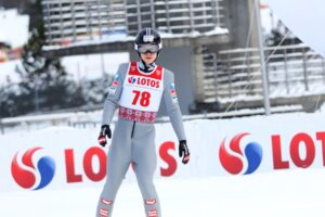 FIS Cup Lahti: Ortner liderem, dwóch Polaków w finale