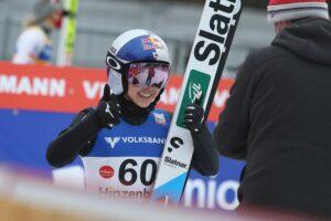 PŚ Pań Hinzenbach: 59. triumf Takanashi, fatalny upadek Kvandal, Rajda bez punktów