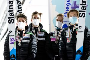 Slowenia Lahti2021 fot.PepeKorteniemi 300x200 - MŚ Juniorów Lahti: Austriacy znokautowali rywali i skoczyli po złoto