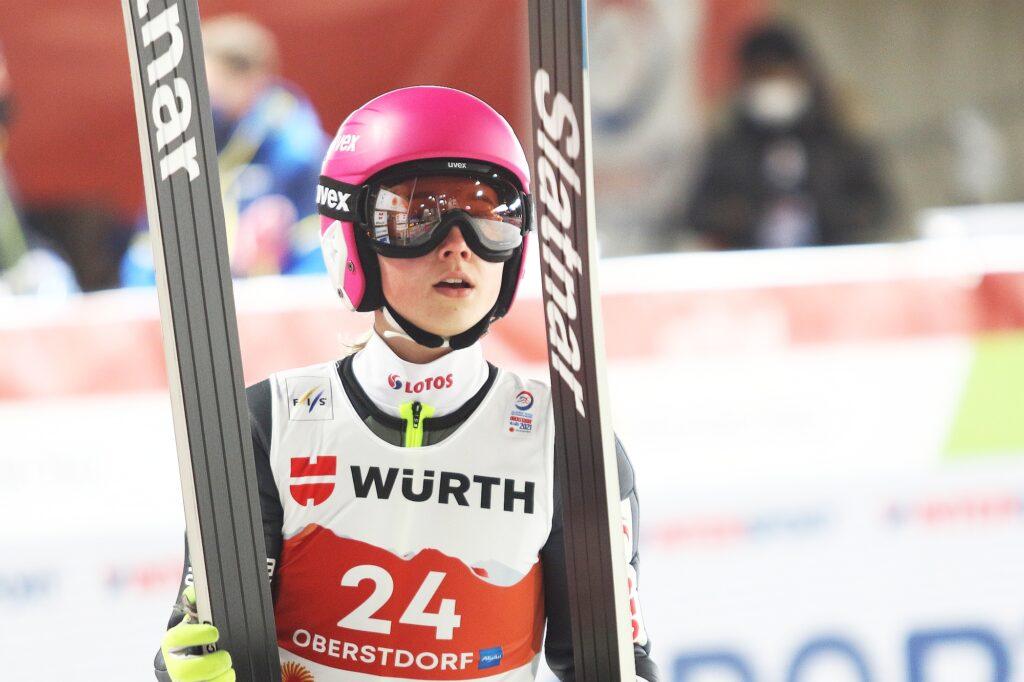MŚ Oberstdorf: Austriaczki tuż przed Słowenkami na półmetku, Polki w finale!