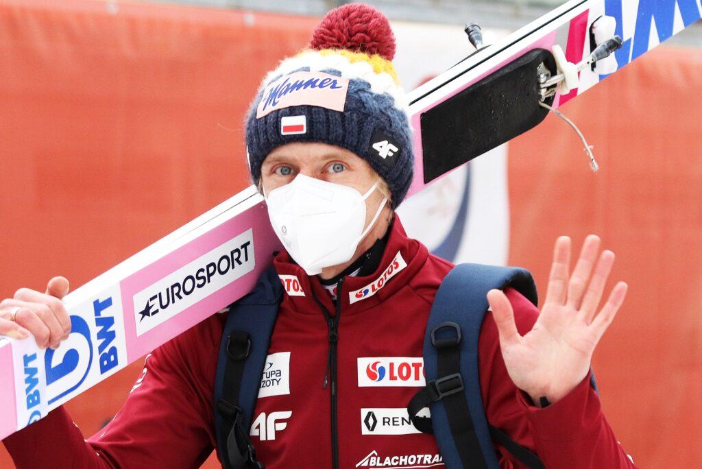 """Dawid Kubacki: """"Nie mamy co rozmawiać o medalach, których nie mamy na szyi"""""""