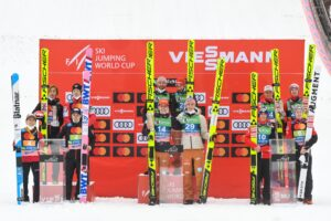Japonia Niemcy Austria Planica2021podium fot.BoBoOCPLanica 300x200 - PŚ Planica: Niemcy wygrywają jednoseryjny konkurs, Polacy nie zachwycili
