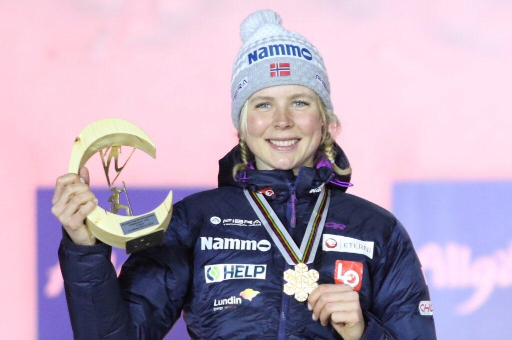 MŚ Oberstdorf: Maren Lundby mistrzynią świata, Anna Twardosz w czołowej trzydziestce