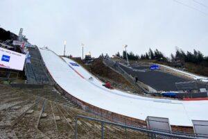 MŚ Oberstdorf: 62 skoczków z 17 krajów na starcie kwalifikacji. Dziś walka o awans [LIVE]