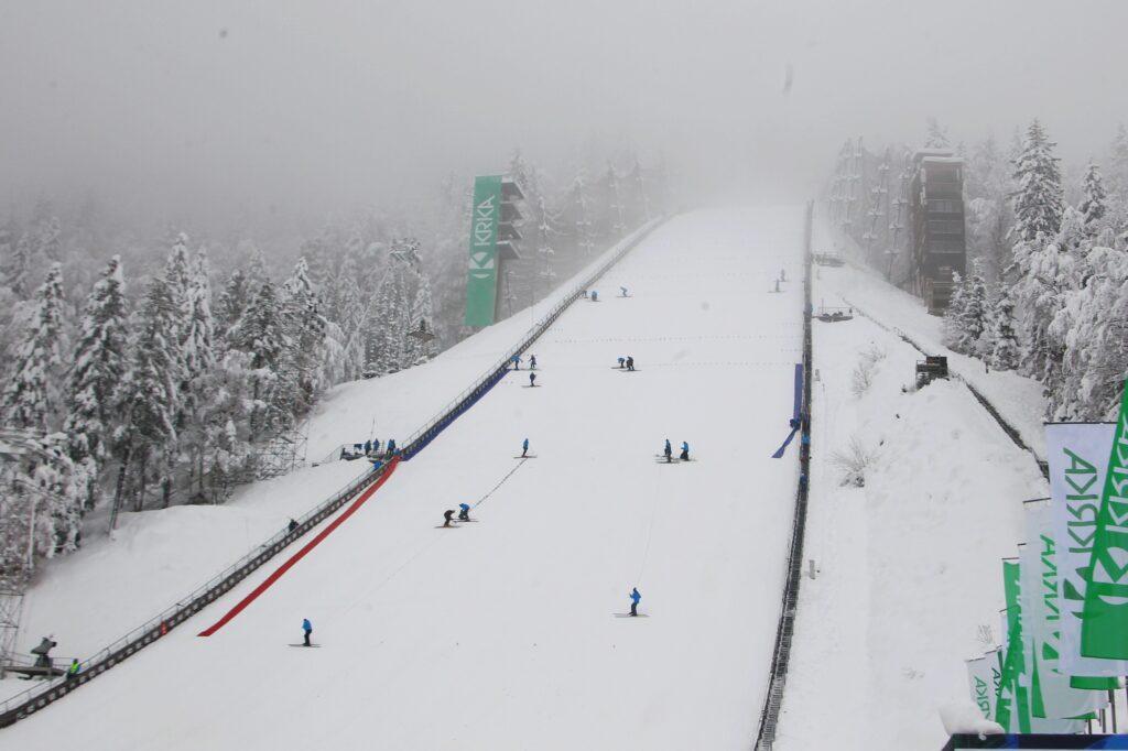 PŚ Planica: Przed nami ostatni konkurs sezonu. Kto zakończy zimę zwycięstwem? [LIVE]
