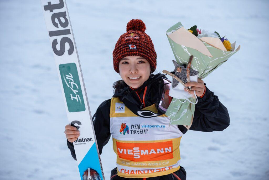 Sara Takanashi z trzema światowymi rekordami Guinnessa