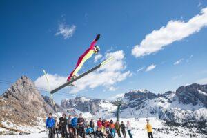 ValGardena Dolomity skoczniazesniegu fotWernerDejori3 beznarty 300x200 - Włosi zmierzyli się na skoczni zbudowanej tylko ze śniegu. Padło 70 metrów [WIDEO]