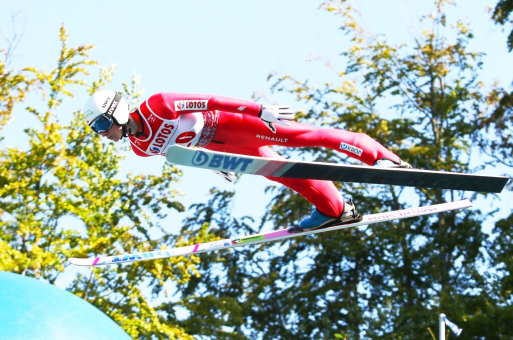 FIS Cup Kuopio: Leitner liderem na półmetku, dwa upadki Polaków
