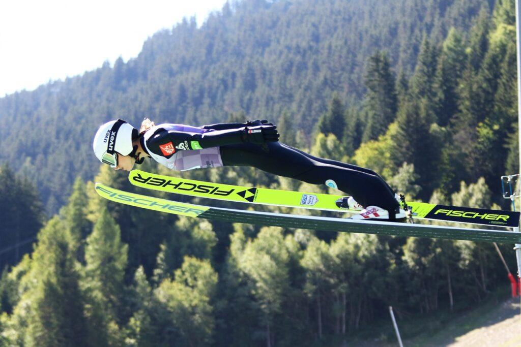 Read more about the article FIS Cup Pań w Gérardmer: Francuzki zdominowały serię próbną