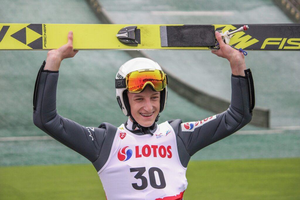 Bohaterowie LOTOS Cup w Szczyrku. Zwycięski powrót Jojko, świetne skoki Wróbla [FOTORELACJA]