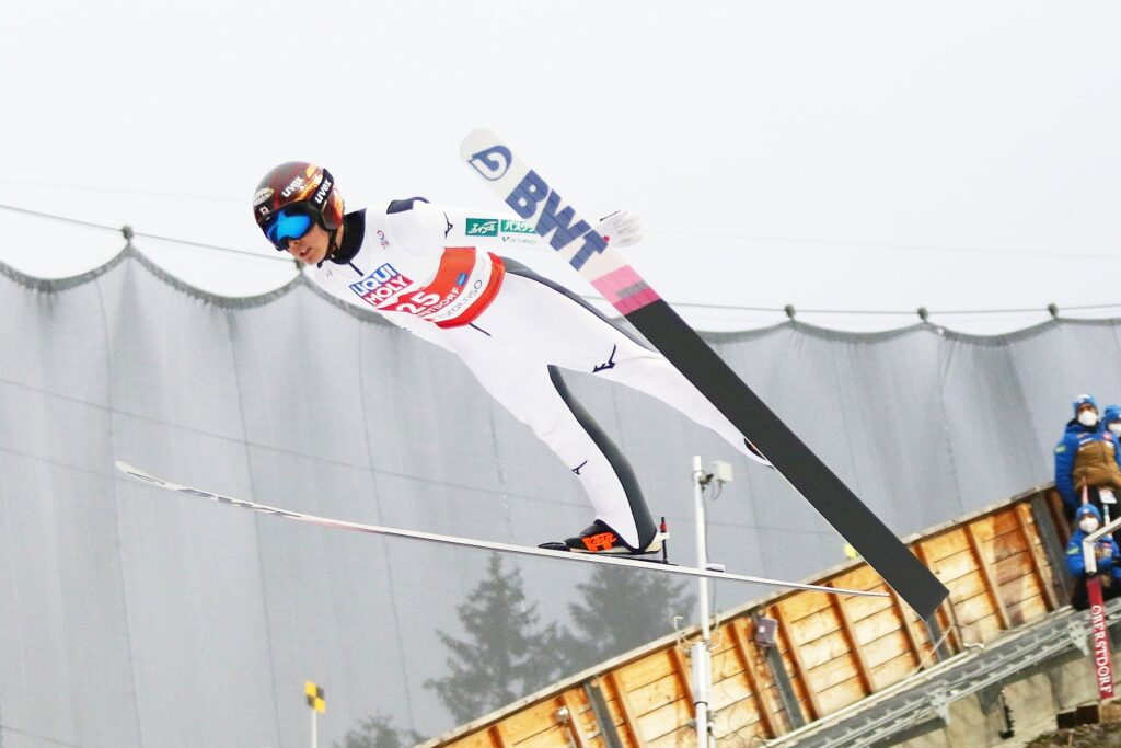 Read more about the article Puchar Burmistrza Sapporo: J. Kobayashi kończy zwycięską passę Y. Sato
