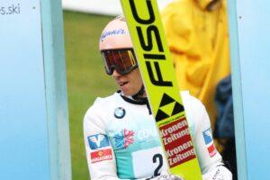 Read more about the article LGP Courchevel: Seria próbna dla Krafta, Hula na trzecim miejscu!