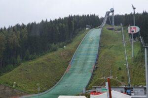 Letni Puchar Kontynentalny w Klingenthal: Ponad 70 skoczków z 18 krajów na liście zgłoszeń