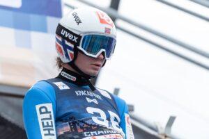 MariusLindvik Czajkowski2021 fotPavelSemyannikov 300x200 - LGP Czajkowski: Granerud przeskoczył Klimova, Forfang otarł się o rekord skoczni