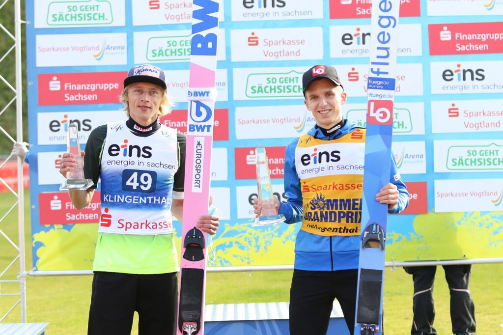 Read more about the article Klingenthal: Kobayashi wygrywa finał, Granerud generalkę, Kubacki drugi w Grand Prix!