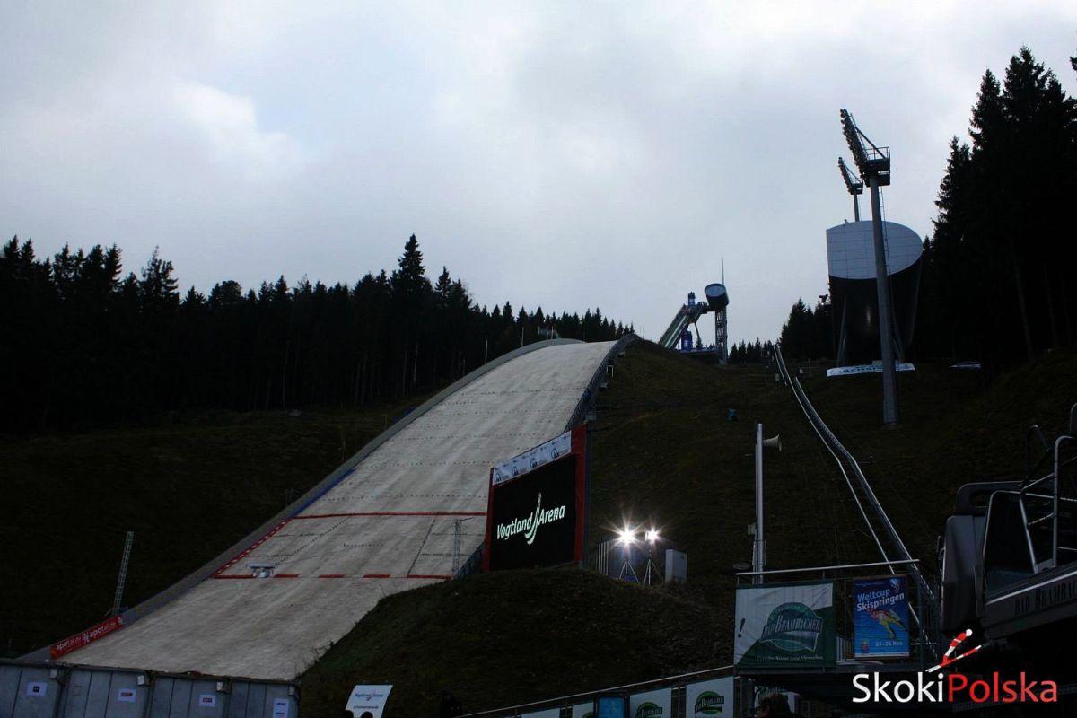 Siatki ochronią skoczków przed wiatrem podczas inauguracji PŚ w Klingenthal
