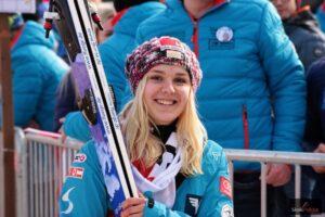 PŚ Pań Oberstdorf: Hoelzl wygrywa kwalifikacje, Takanashi skacze najdalej